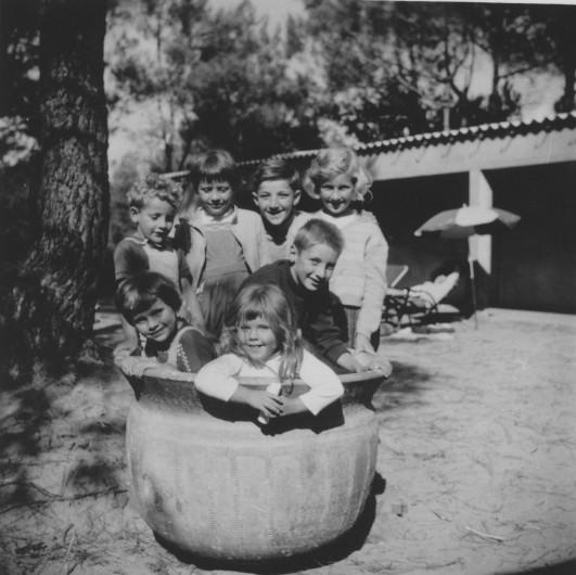 Enfants WERLÉ et lessiveuse charentaise